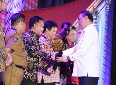 Penghargaan SAKIP Awards 2018 diberikan kepada Kabupaten Bantaeng dan 6 daerah lainnya di SulSel.
