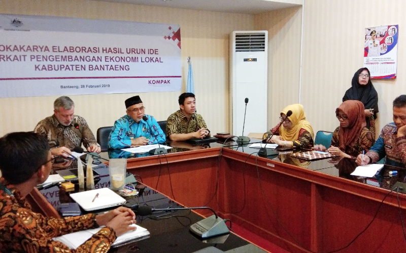 Lokakarya KOMPAK bersama Pemkab Bantaeng dalam upaya mengatasi kemiskinan (28/02/2019).