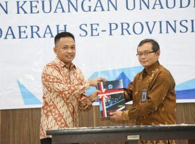 Penyerahan LKPD oleh Bupati Bantaeng kepada BPK RI disaksikan Wagub SulSel.