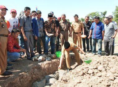 Peletakan batu pertama Masjid H Abd Malik di Birea Land Bantaeng.