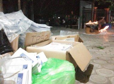 Pemusnahan Surat Suara rusak oleh KPU Bantaeng.