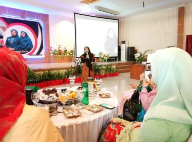 Video Seminar Beauty PKK Bantaeng.