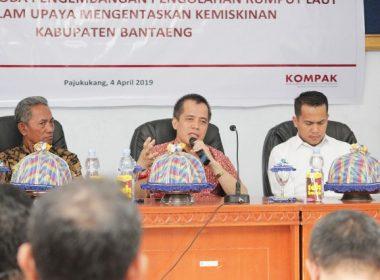 Workshop dan lokakarya bagi petani rumput laut di Aula Kantor Kecamatan Pa'jukukang.