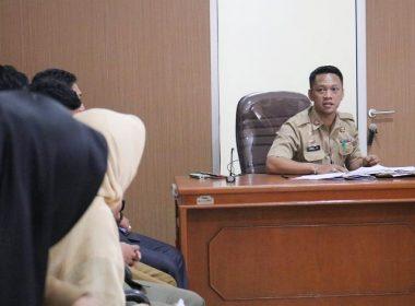 Briefing kedua Kabag Humas Bantaeng.