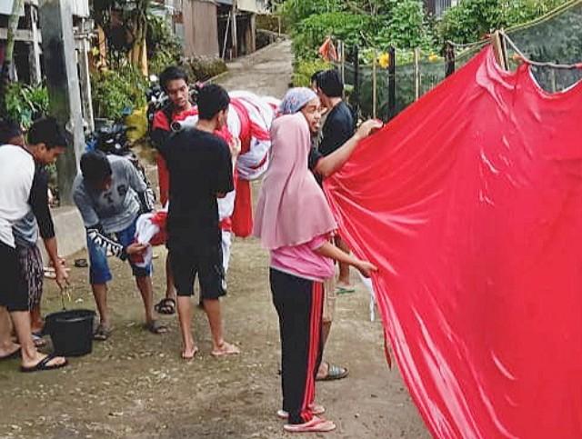 Pencucian Bendera Merah Putih.