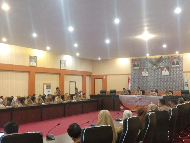 Fasilitasi Paparan Renja SKPD oleh Bappeda Bantaeng.