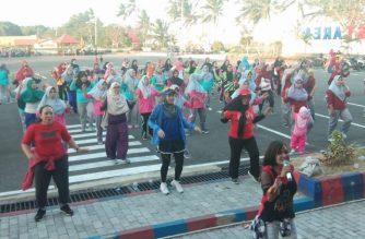 Pemerintah Desa Bonto Jai menggelar senam massal.