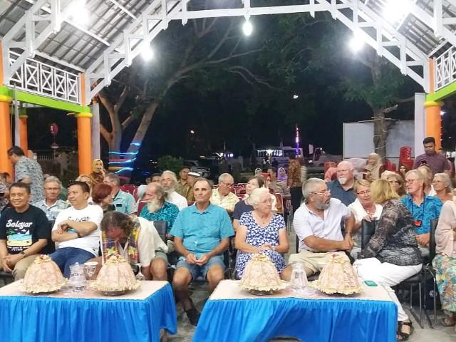 Makan malam bersama peserta Wonderful Sail to Indonesia 2019.