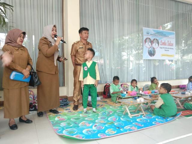 Kolase dilombakan di Perpustakan EXPO Bantaeng.