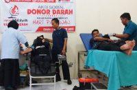 Aksi donor darah oleh Komunitas The Professor One Bantaeng.