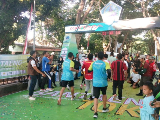 Event lari 10 Kilometer di Bantaeng.