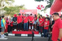 Kuota Data OMG! dikenalkan Telkomsel pada Fun Bike and Walk di Bantaeng.