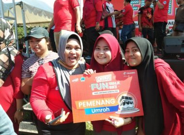 Doorprize OMG! Fun Bike and Walk Telkomsel di Bantaeng.