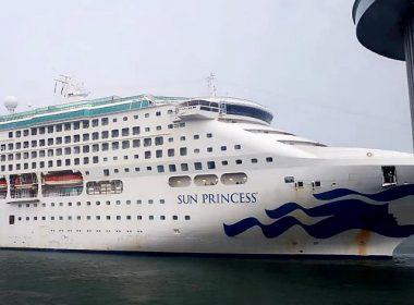 Kedatangan Kapal Pesiar Sun Princess.