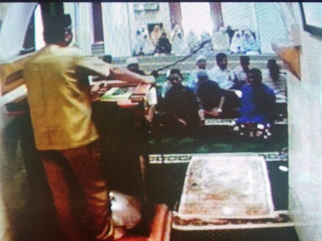 Shalat Dhuha di Masjid Besar Taqwa Tompong Bantaeng.