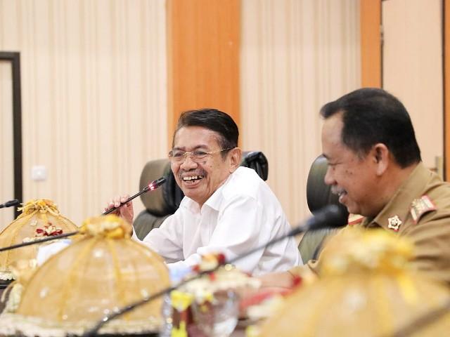 Penerimaan Pemkot dan DPRD Kota Baubau.