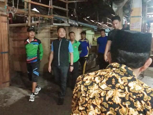Pelaksanaan kerja bakti di Pasar Sentral Bantaeng.