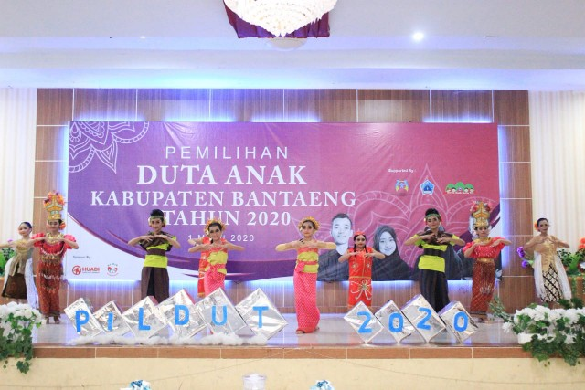 Hiburan Grand Final Pemilihan Duta Anak Bantaeng 2020.