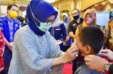Masker untuk imigran dari PKK SulSel.