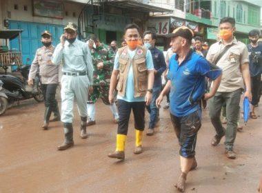 Peninjauan pasca banjir Bantaeng.