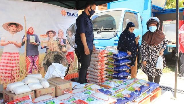 Pasar Murah oleh PKK SulSel.