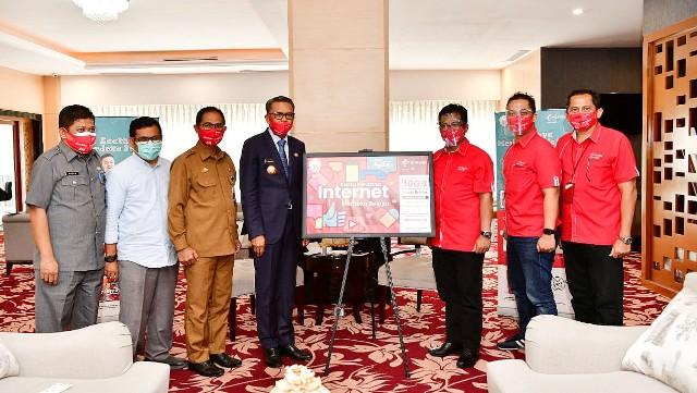 Launching kartu Merdeka Belajar Jarak Jauh Telkomsel.