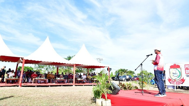 Hibah lahan pelebaran Jalan Metro Tanjung Bunga Makassar.