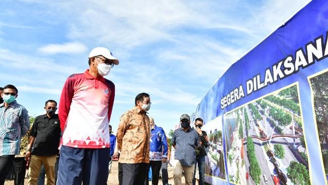 Jalan Metro Tanjung Bunga Makassar dilebarkan.