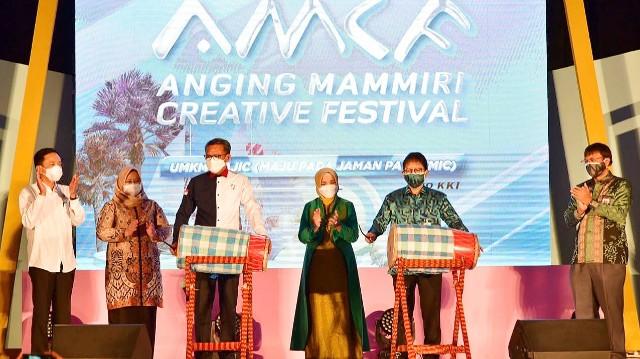 Pembukaan AMCF Dekranasda dan Bank Indonesia SulSel.