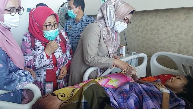 Pasien tumor Bantaeng dapat bantuan.