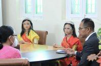 Mohon restu dari Puteri Cilik dan Puteri Remaja Indonesia Sulsel.